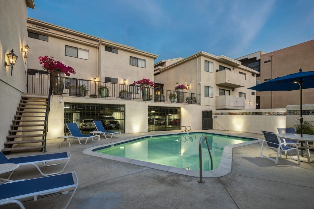 Apartments For Rent in Encino, CA